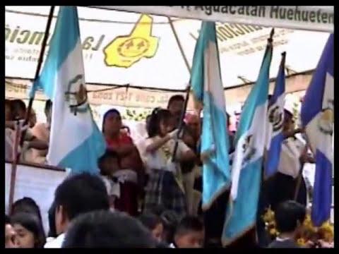 AGUACATAN DESFILE EN RIO SAN JUAN 2013