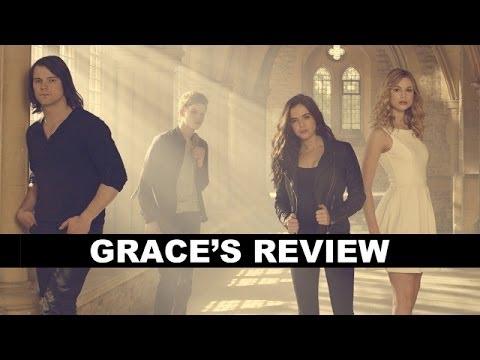 Vampire Academy Movie Review - Zoey Deutch, Danila Kozlovsky : Beyond The Trailer