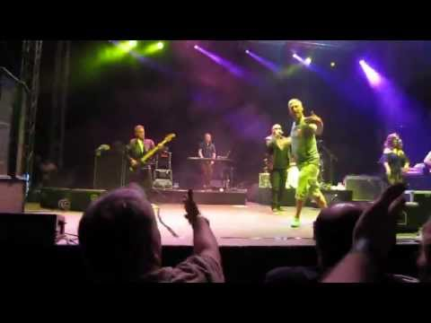 Happy Mondays - Kinky Afro (Live in Dubai, 26Apr'13)