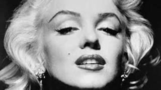 download musica Marilyn Monroe Nat King Cole - When I Fall Inlove