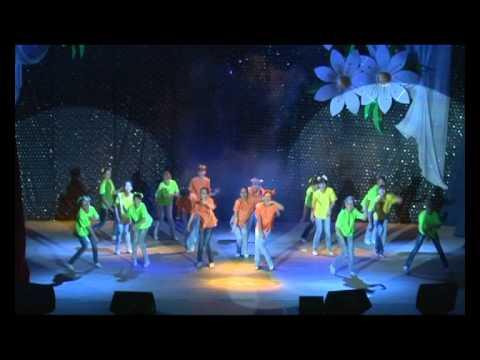 Праздник танца 2012 part1