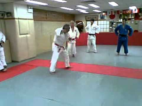 20140430 Teaching O Guruma 2 Yamada Sensei Hong Kong Judo youth martial arts center Image 1