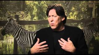 Cameron Crowe Talks We Bought A Zoo With Brad Blanks