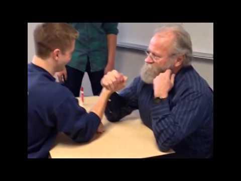 препод дернул в арм студента