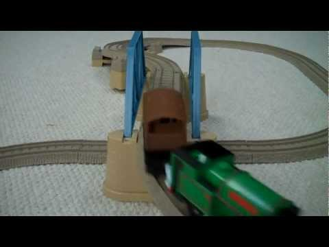Trackmaster FIGURE OF 8 BRIDGE SET with PETER SAM Thomas The Tank Engine Kids Toy Train Set