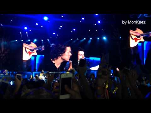 One Direction - Little things at OTRA Bangkok, Thailand