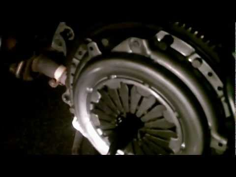 How to Change Clutch Honda Civic 96-00 (Full)
