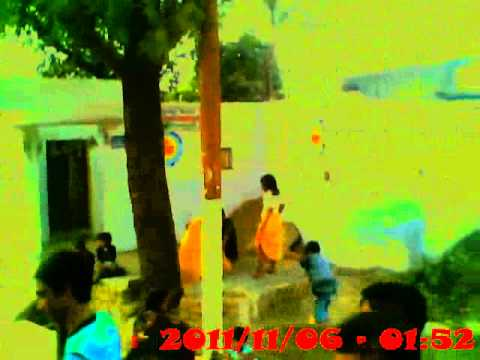 Mathura Virndavan Parikrma Teen Man Ki video