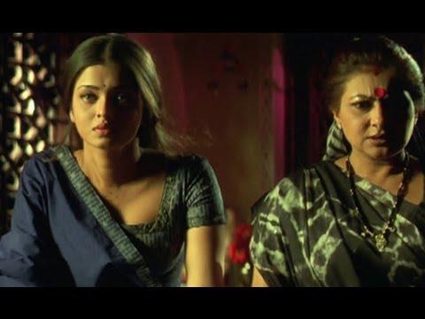 Aishwarya Rai is adamant about her love - Hum Dil De Chuke Sanam...