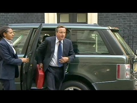 UK's Cameron drafts resolution to present to UN on Syria
