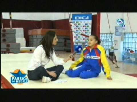 Catalina Ponor&#039;s Triple Twist 2011