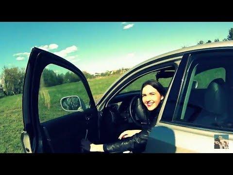 Девушка первый раз в жизни дрифтит. Lexus is 250. Ёлка.