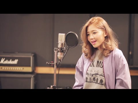 Taylor Swift - 22 (maco Japanese Cover) video