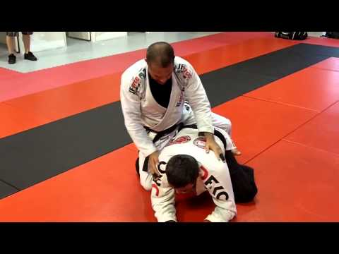 Jiu Jitsu Techniques - Half Guard Pass / Attack From The Back Image 1