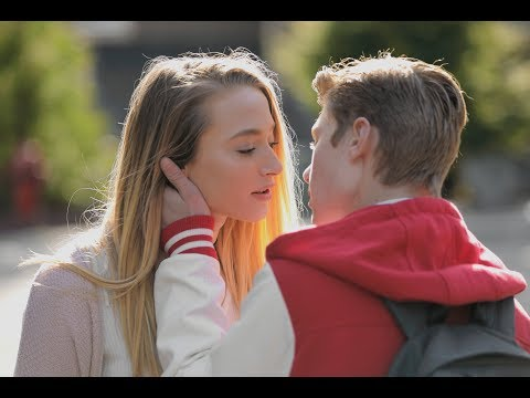 When Your Boyfriend Cheats on You | Lele Pons & Hannah Stocking