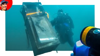 I Found 2 GUNS Underwater IN SAFE while Scuba Diving! (Police Called)