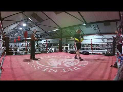 BIG JK Amateurs 14 yr old 53 kg  vs coach 42 yr old 53.5 kg @Premium Fitness Birmingham