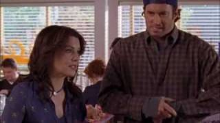 Gilmore Girls - Awkwardness of breastfeeding in public