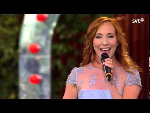 Annika Herlitz-Slå dig fri LIVE.Allsång på Skansen 2014.