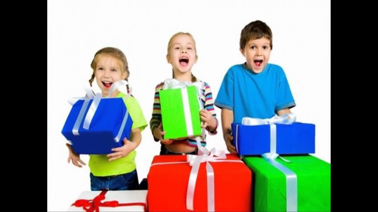 ТОП 10 подарков школьникам к любому празднику и для разных возрастов 82