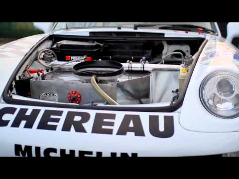 Porsche 993 GT2 Race Car vs. Road Car