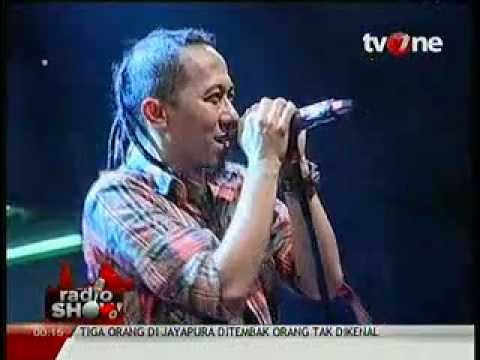 Pas Band   Sejuta Harapan radioshow tvone 2012 06 06 00 12 59.mp4 video