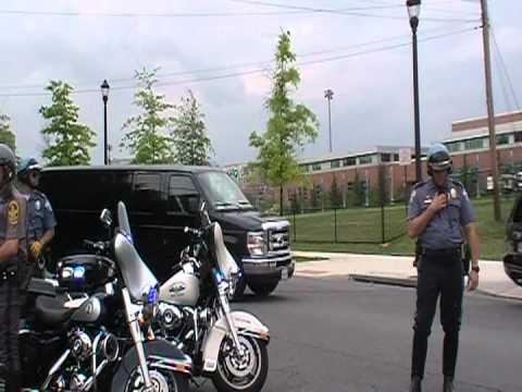 President Obama driving to Washington Lee High School in Arlington VA May 4, 2012