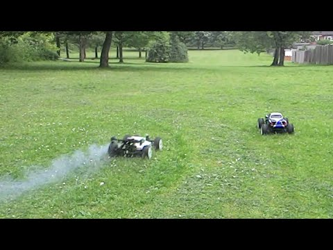 Kyosho Inferno vs maverick strada RC buggy drag