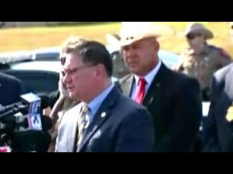 Officials: Texas gunman did not have license to carry