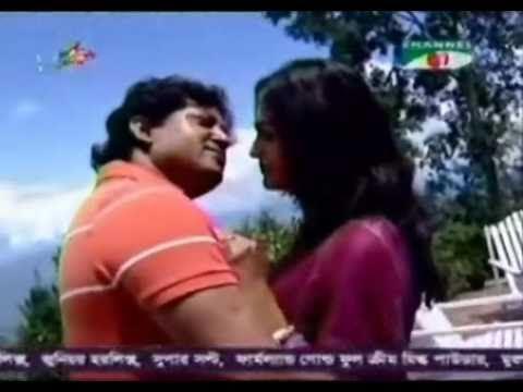 Akash Khule Boshe Achi || Fahmida Nabi & Bappa Mazumdar