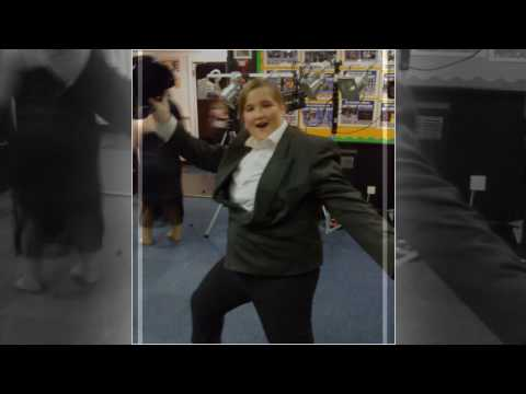 Balby Carr Does Bugsy Malone