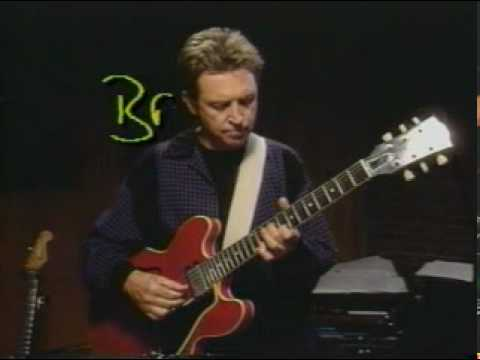 Andy Summers -Police Tutorial - Roxanne, Bring on the Night