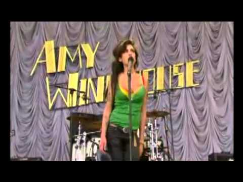 Amy Winehouse - Rehab (Live Glastonbury 2007)