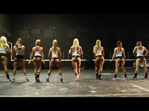 Фитоняшки танцуют Beauty Moscow G