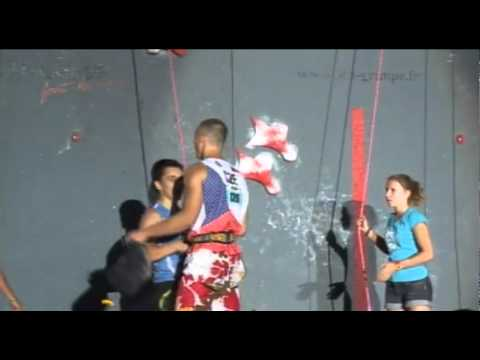 Men�s speed climbing competition
