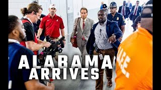 Watch: Alabama Is All Business as They Arrive at Mercedes-Benz Stadium