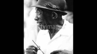Arm Wrestling Mississippi John Hurt