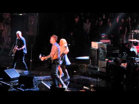 Nirvana With Kim Gordon Of Sonic Youth - Aneurysm 4-10-2014  Rock And Roll Hall Of Fame Induction video