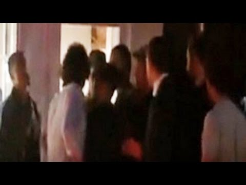Justin Bieber Punched By Orlando Bloom At A Restaurant - Justin Bieber Orlando Bloom Fight video