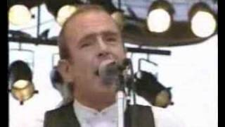 Watch Status Quo Burning Bridges video