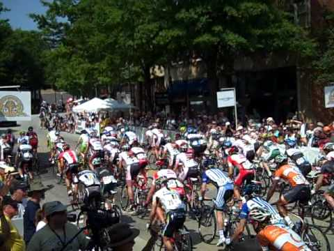 USA Cycling Pro Champs: Road race start