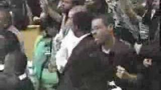 Watch Carlton Pearson Praise The Lord With Me video