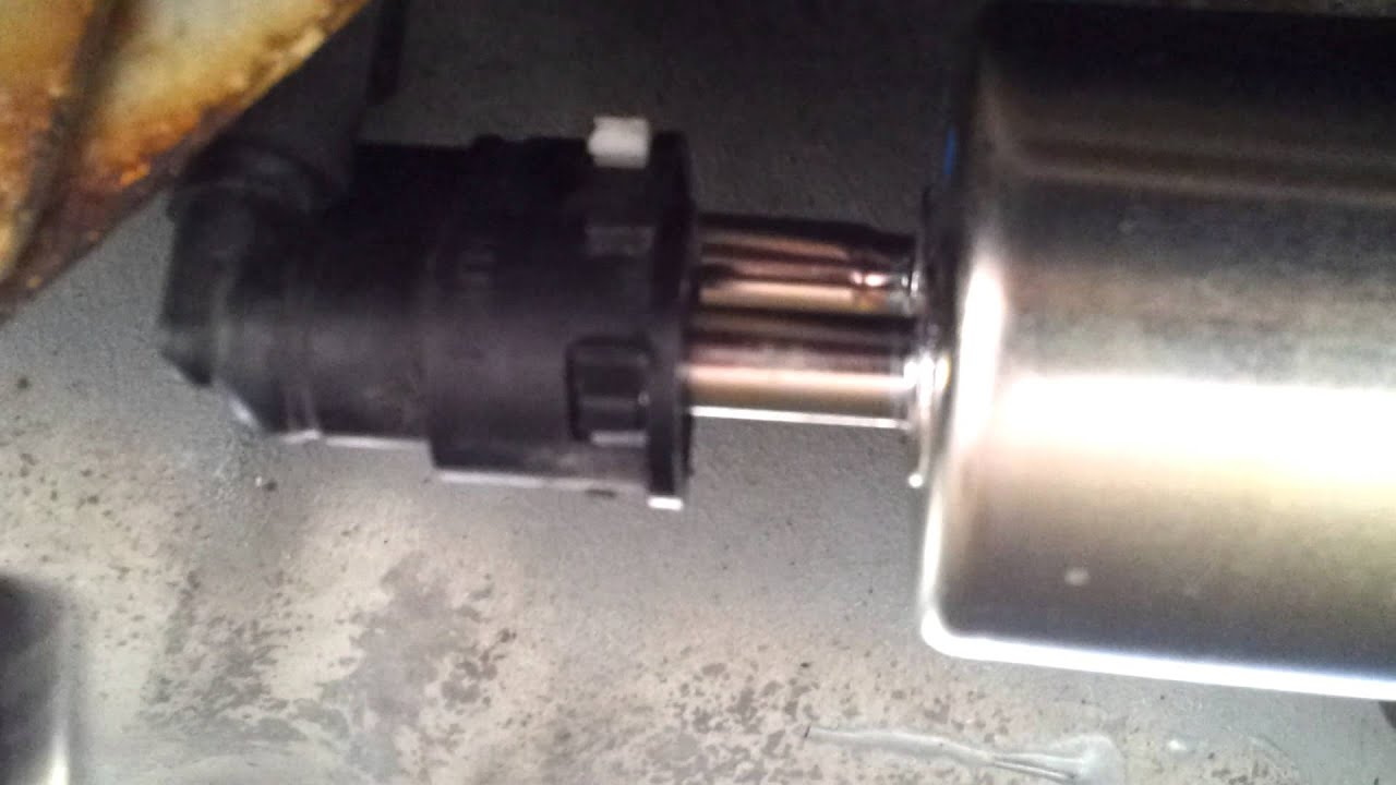 Mercury sable fuel filter replacement a youtube for Sable filtration