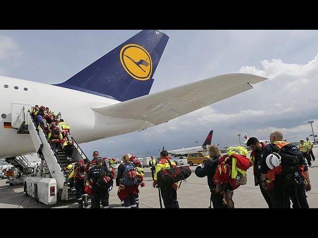 Le Népal commence à recevoir l'aide internationale