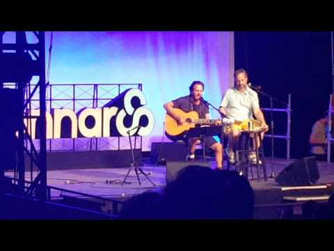 Judd Apatow and Eddie Vedder tribute to Gary Shandling at Bonnaroo 2016