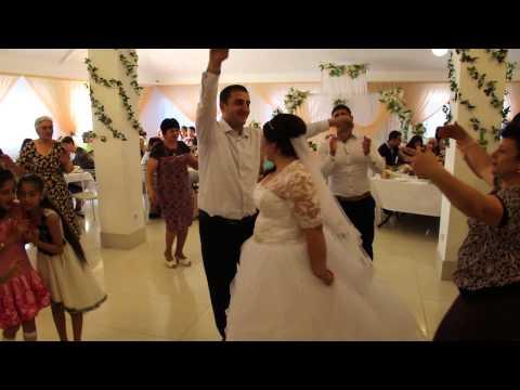 Коллеги судьи из Краснодара подсчитали стоимость свадьбы ее