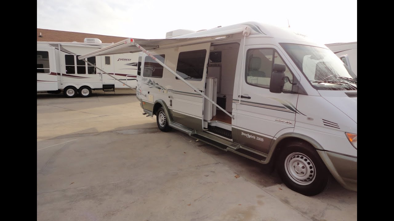 leisure travel freespirit 210b class b rv used class b rvs for sale youtube. Black Bedroom Furniture Sets. Home Design Ideas