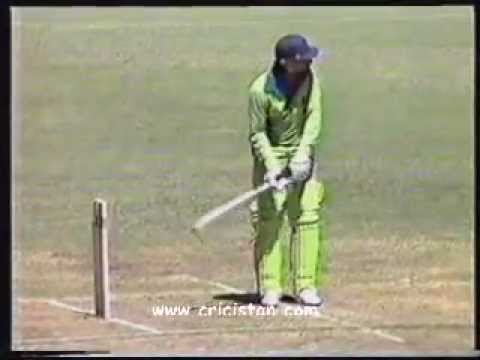 Zaheer Abbas 108 Off 110 Balls V Australia 1981 World Series video