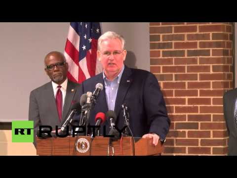 USA: Jay Nixon won't rule out armoured vehicles, tear gas in Ferguson