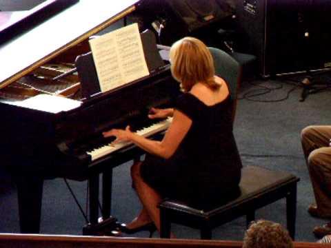 Aufschwung from Fantasiestucke (Schumann) - Julie Ward, Piano